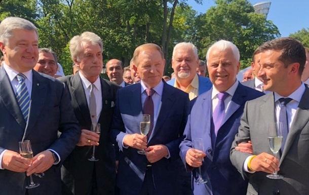 Пять стадий принятия реформ украинских президентов