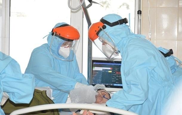 На апаратах ШВЛ більш як сто українців, які хворі на COVID