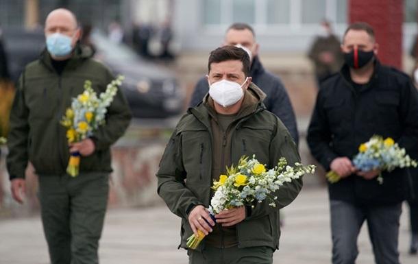 Зеленский отправился на место пожара в зоне ЧАЭС