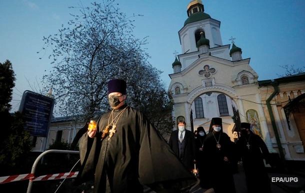 В Лавре все священники заразились коронавирусом