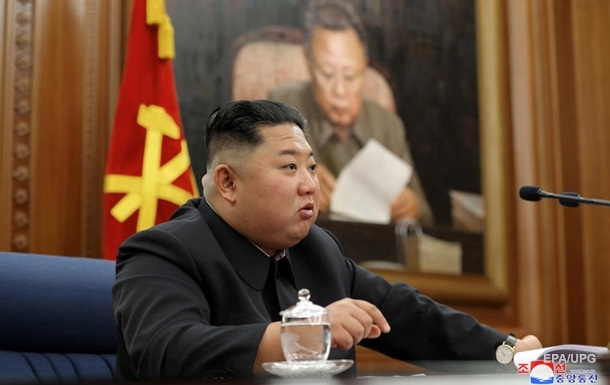 В Южной Корее заявили, что Ким Чен Ын здоров