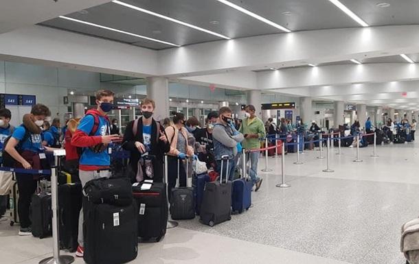 Літак з 259 українцями на борту вилетів з Маямі до Києва