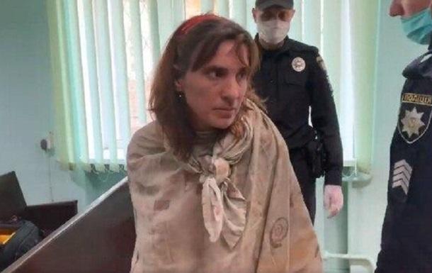 Убийца дочери устроила скандал в суде