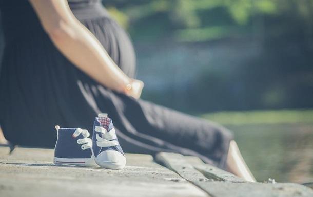 Женщина узнала о своей беременности благодаря синему унитазу