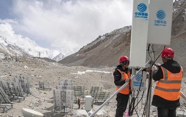 На Эвересте появилась связь 5G