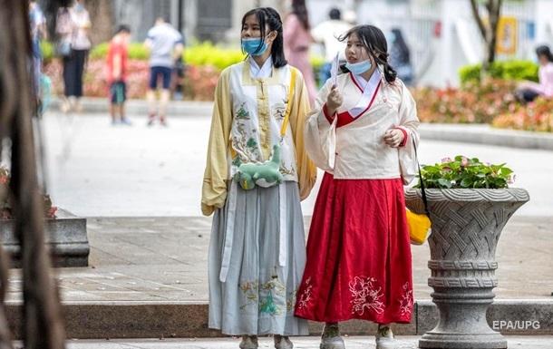 За сутки в Китае выявлены три случая заражения COVID-19