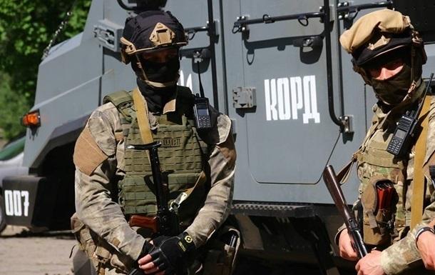 Под Киевом спецназ со стрельбой задержал вооруженного мужчину – соцсети