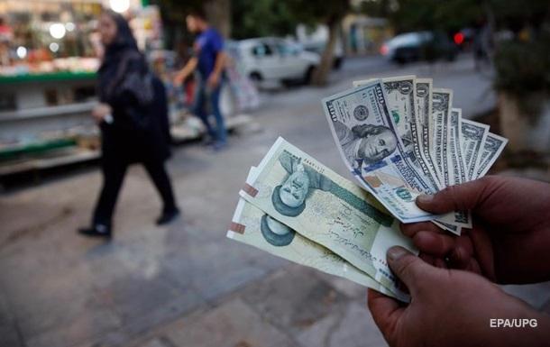 В Иране заменили национальную валюту