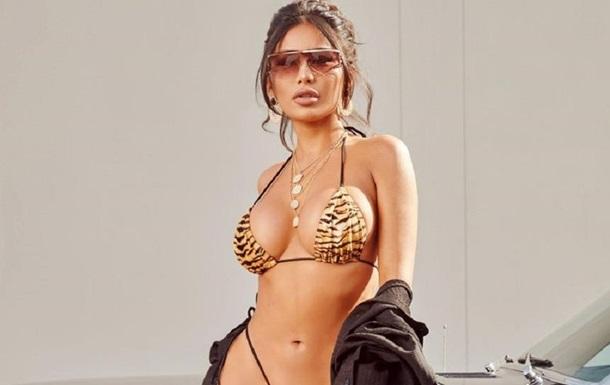 Модель высмеяли за слишком откровенное бикини: фото
