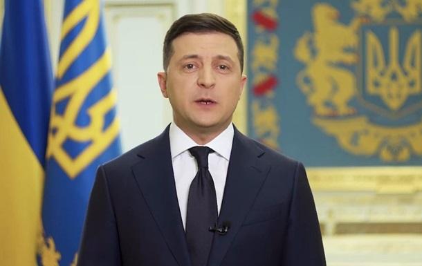 Зеленский поручил главам ОГА погасить задолженности перед медиками
