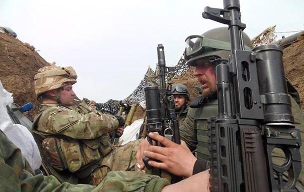Сепаратисты обстреляли позиции ВСУ, трое раненых
