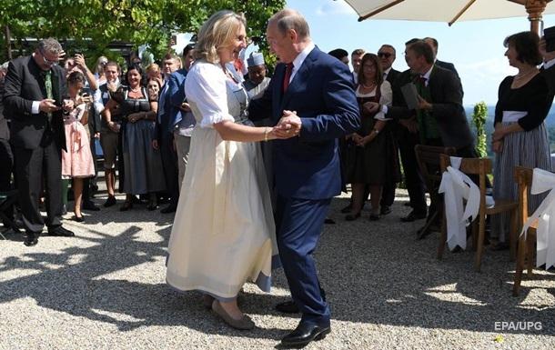 Екс-глава МЗС Австрії працюватиме на Russia Today