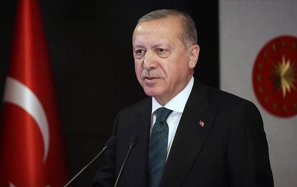Эрдоган ввел комендантский час в 31 провинции Турции