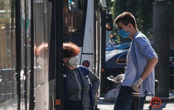 У Дніпрі відновив роботу громадський транспорт