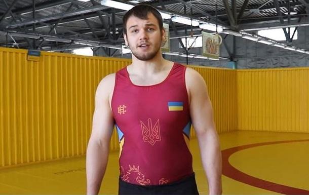Борець, який кинув виклик Усику, відмовився битися за правилами боксу