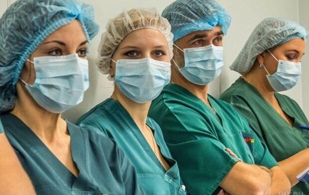 Заработная плата медицинского персонала должна быть пересмотрена