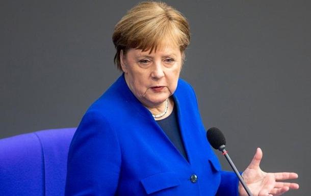 Меркель закинула Росії хакерські атаки на Бундестаг