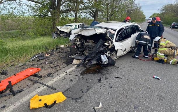 В Николаевской области столкнулись два Volkswagen: двое погибших