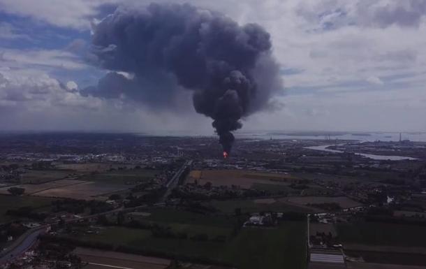 В Венеции произошел взрыв на химическом заводе
