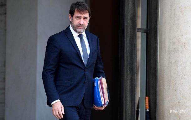Во Франции недовольны решением Италии открыть границы