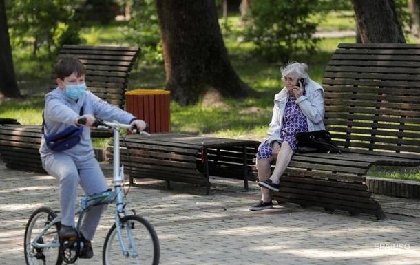 В Україні знизилося число нових випадків COVID-19