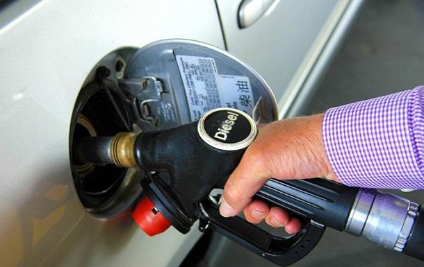 Українці втрачають інтерес до нових авто на дизелі і газу