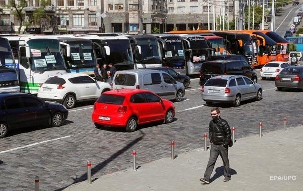 Зеленский о перевозках: Регионы должны сами решать