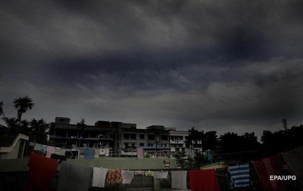 В Індії та Бангладеш евакуюють два мільйони людей через циклон