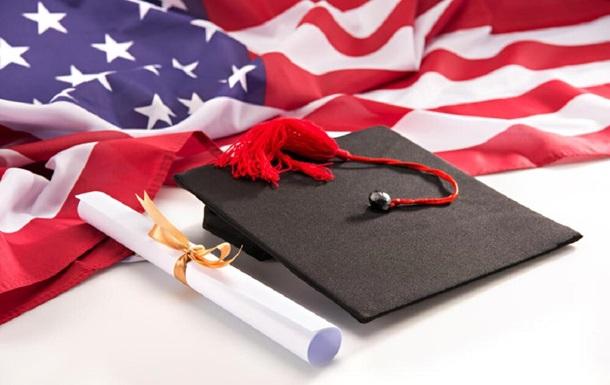 Сколько стоит онлайн-обучение на бакалавра в США