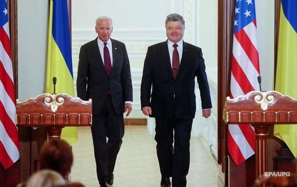 У Байдена не считают компроматом его разговоры с Порошенко