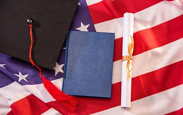 Продление сроков поступления в колледжи США