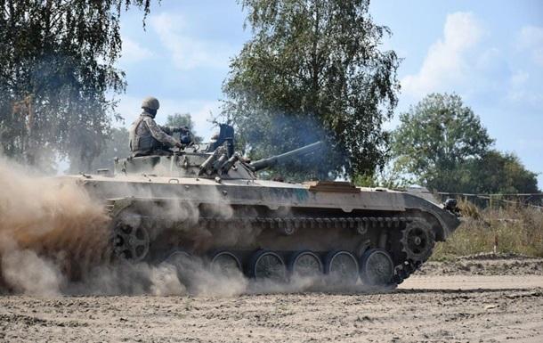 Сутки на Донбассе: 19 обстрелов, ранены три бойца