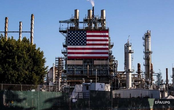 Нефть торгуется на максимуме с начала весны