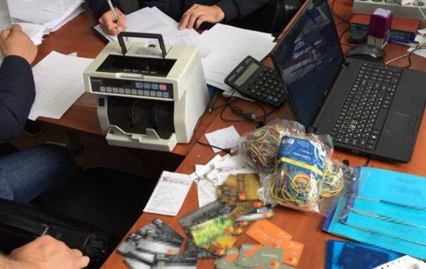 У Житомирі «накрили» потужний конвертаційний центр з обігом у понад 200 млн грн