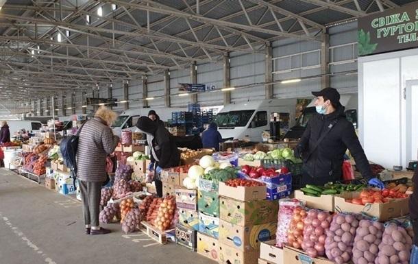 В Украине возобновили работу почти 90% продовольственных рынков