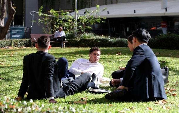 Новозеландський бізнес закликали скоротити робочий тиждень
