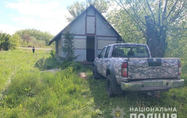 На місці бійні біля озера знайшли п ять одиниць зброї