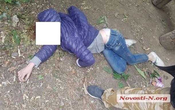 В Николаеве возле школы нашли девочку в алкогольной коме