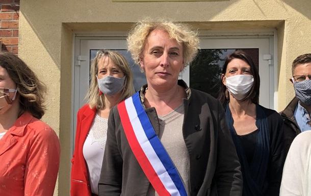 У Франції жінка-трансгендер вперше стала мером