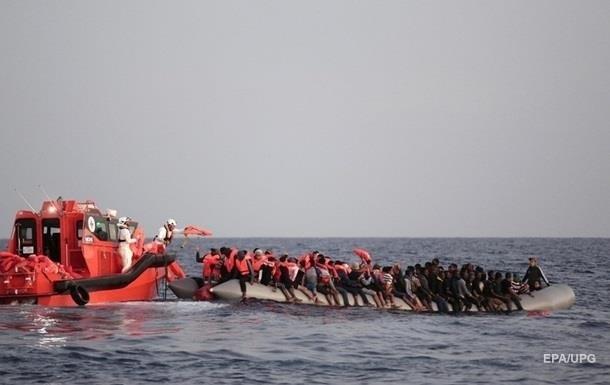 На Сицилии неизвестное судно высадило 400 беженцев