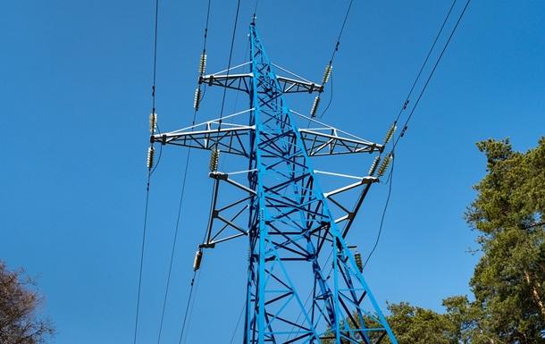 Виробництво електроенергії в Україні впало на 11%