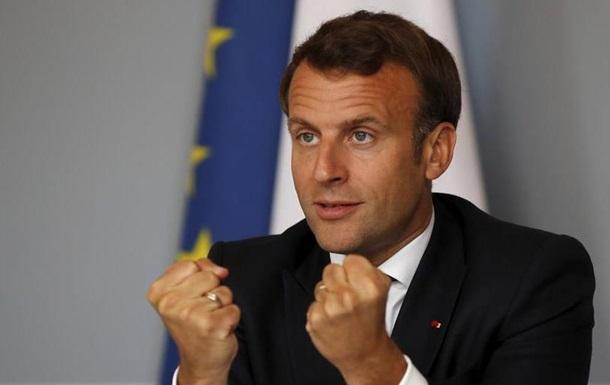 Макрон пообіцяв держпідтримку французькому автопрому
