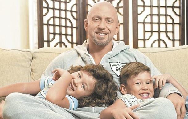 Поліграф Шарікофф судиться за дітей з колишньою дружиною