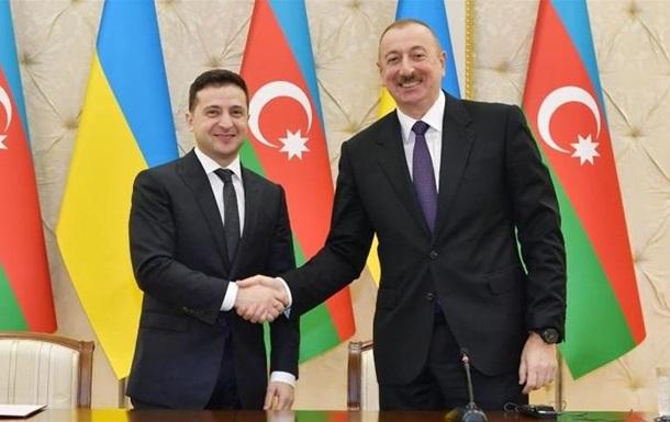 Зеленский поблагодарил президента Азербайджана за гуманитарную помощь