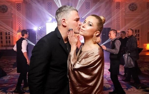 Украинскую певицу пытался изнасиловать врач: фото, видео