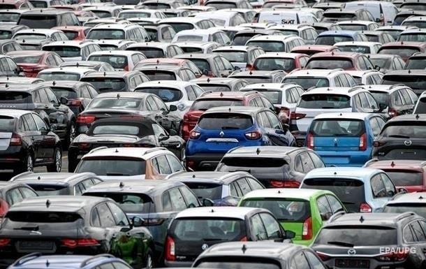 В Украине резко сократился импорт авто