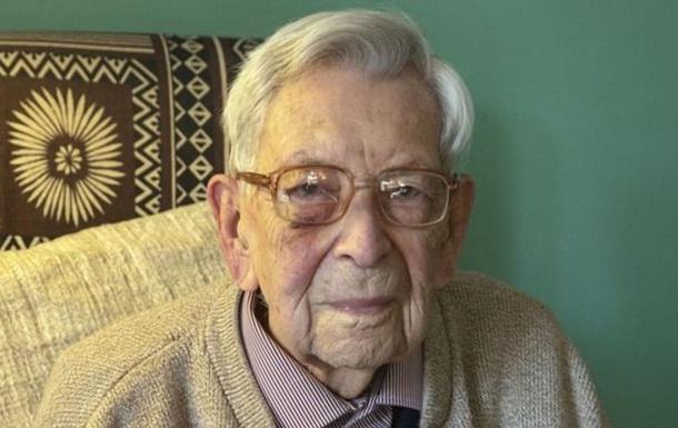 В Британии умер старейший мужчина в мире