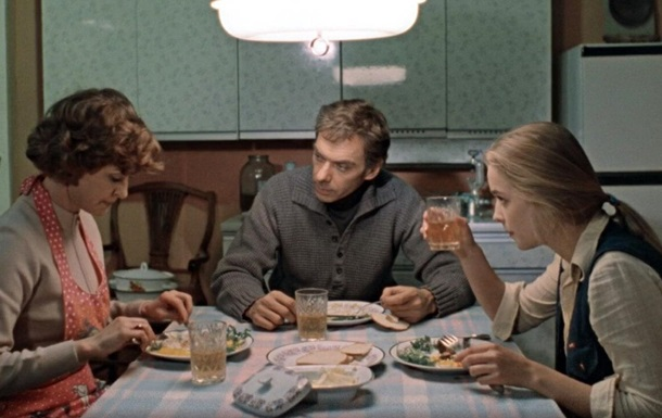 Зірка фільму Москва сльозам не вірить втратила чоловіка через COVID-19