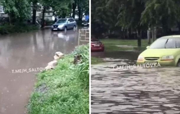 Ливни затопили улицы Харькова