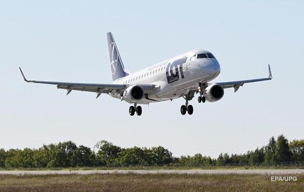 У Польщі поновилися внутрішні авіаперевезення
